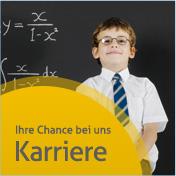 Kleiner Junge mit Hemd, Krawatte und Brille vor einer Tafel mit komplizierten Rechenaufgaben - weiter zu unsere Rubrik Karriere und Stellenangeboten